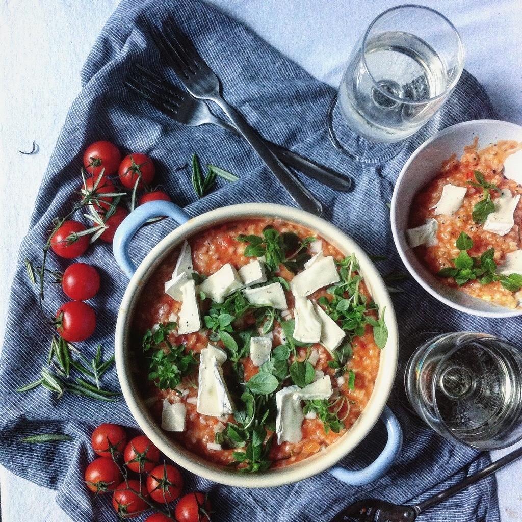 Risotto mit Tomaten und Ziegenkäse